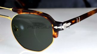 03-persol-02